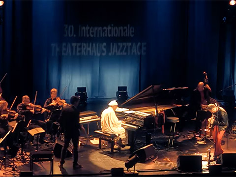 Joo Kraus, Jazz-Trompeter – Video Joo Kraus – JOO KRAUS / OMAR SOSA / CHAMBER ORCHESTRA ARCATA - Light In The Sky - Live 2017